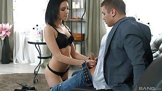 Lustful Russian boyfriend Sheri Vi gives head and rides like a pro
