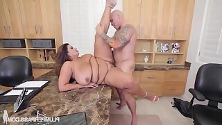FAT Sofia Rose Gets Screwed On The Project